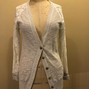 Tan cardigan with cream lace sleeves sz M